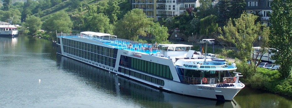 The Amalegro on the river Mosel, APT River Cruises