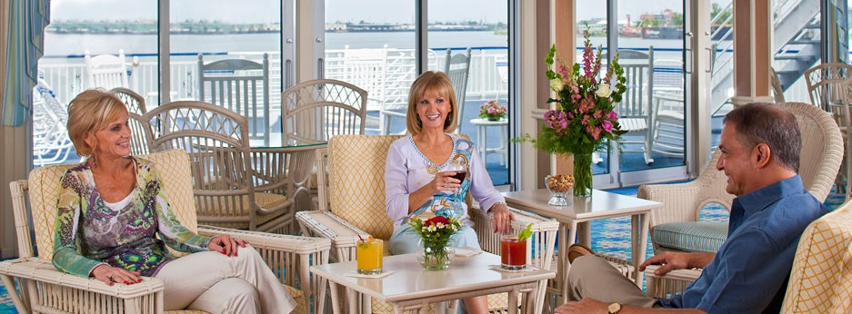 Sky Lounge, The Queen of the Mississippi, APT River cruises in the USA