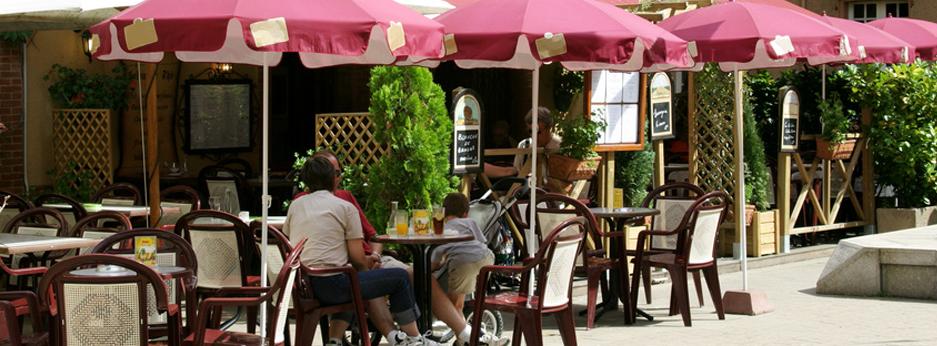 Café culture, Paris, France